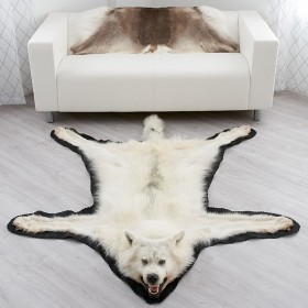 New Full Head Mounted Wolf Rugs